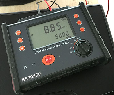 电力变压器投入运行前的绝缘电阻值不应低于